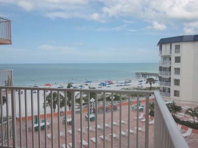 Photo for Beachview, Balcony, Fireplace, Pool, Hot Tub, W/D, BBQ, Free Wi-Fi,  2 parking -1412 Beach Cottages