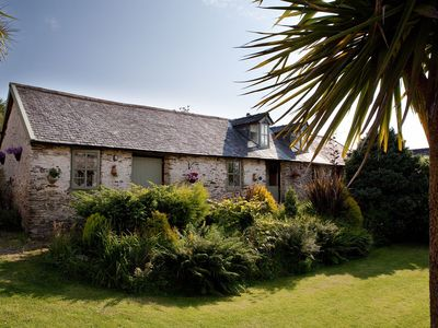 Photo for Gorgeous 3-bedroom family friendly cottage close to North Devon beaches