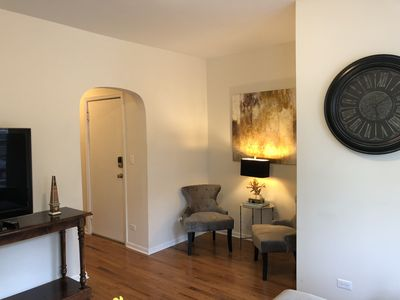 Large 4 Bdrm in the heart of Chicago's Andersonville neighborhood