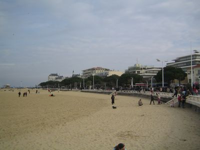 Photo for Arcachon Center near beach and all shops, excellent value for money