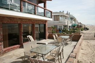 Photo for Oceanfront w/ Deck on the Sand, Pet Friendly & Walk to All of Newport