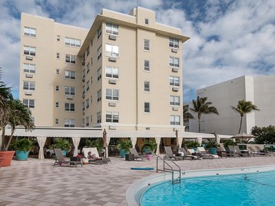Photo for Light-filled studio apartment in elegant ocean-front hotel with many amenities