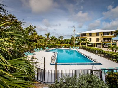 Photo for Rx: Paradise 2bed/2.5bath open water view condo with shared pool & first come dockage