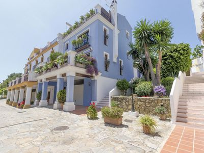 Photo for 3 beds townhouse in gated community Marbella golden Mile, Puente Romano.