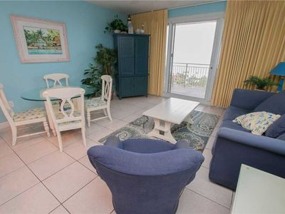 Photo for Escape To This Coastal Style Unit With Dazzling Views And Delightful Furnishings