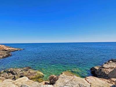 Photo for Gloucester, MA 4 BR near Beach, & Amenities w/ Waterviews, Full Kitchen & more!