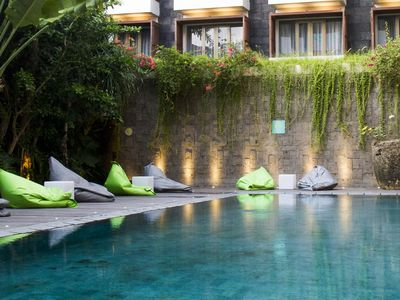 Photo for Cozy, Charming, W/b'fast, 10mnt To Seminyak Beach