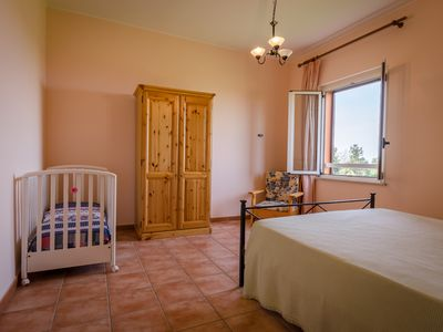 Photo for Two-room apartment with 4 beds. Beach at 1 km, possible visit to the winery