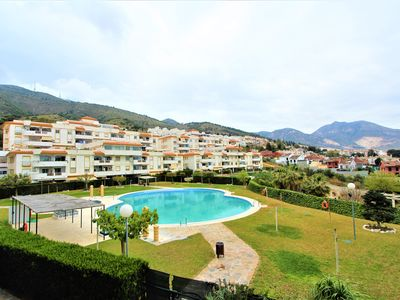 Photo for APARTMENT IN BENALMADENA VILLAGE WITH POOL, PARKING, AC AND FREE WIFI.