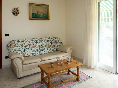 Photo for Cosy apartment for 7 guests with WIFI, TV, pets allowed and parking
