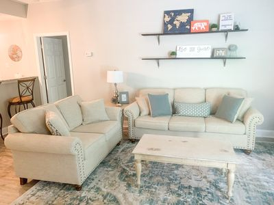ULTIMATE MAIN ST. DOWNTOWN GREENVILLE CONDO!  2 BED, 2 FULL BATH!