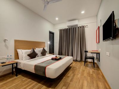 Photo for Memorable stay with Modern Design Artwork Rooms