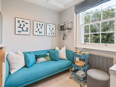 Photo for Modern, Cosy 1 Bed Flat in Camden