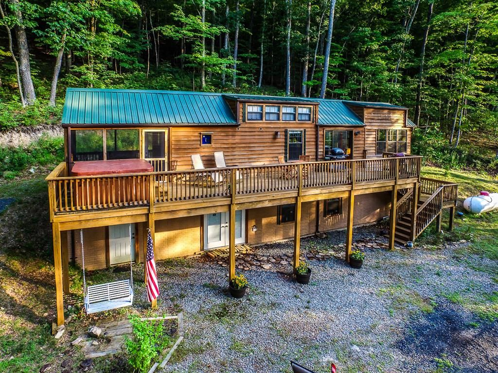 slopoes west cabin cabins rental virginia golden near wide anchor accommodations classic ski winter the in