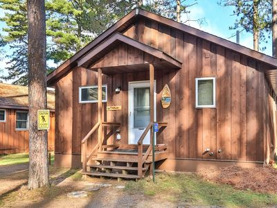Photo for Poplar - Elbert's - Hiller Vacation Homes Lake Front! - Free WIFI