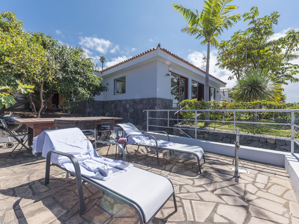 Attractive Two Terraces With Sea Views: Villa With Balinese Bed And All The Sea Views,  Free ...   8265720
