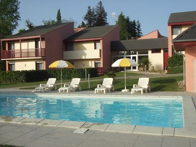 Photo for Family 3-star residence with heated pool