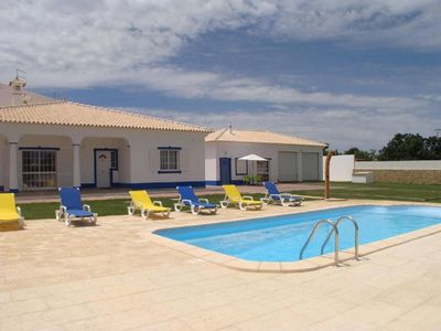 Photo for Villa V1, Wi Fi Free, near the Algarveshopping Guide, green space