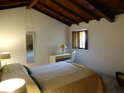 Photo for Small villa with views of the Umbrian valley