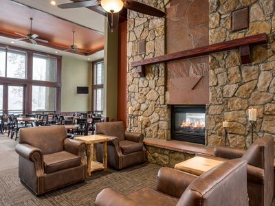 Photo for 2018 Feb 18-25, 1500 sq ft 3BR/3BA Ski-In/Ski-Out 5 Star Luxury Condo (sleeps 10