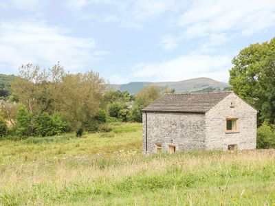 Photo for COLUMBINE CAMPING BARN, family friendly in Bradwell, Ref 962883