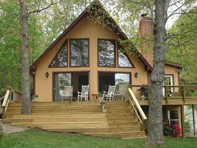 Deck with front steps