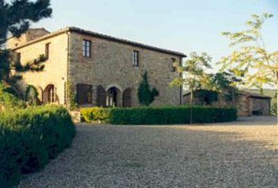 Photo for Charming Chianti hilltop house, exceptional views, large swimming pool