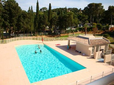 Photo for BS222. 400m conditioning T2 4 beach vacationers. Good quality, pool, parking.