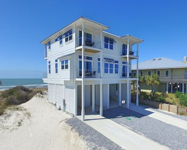 Photo for Gulf-front, entrancing views, hot tub, private pool