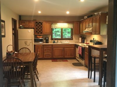 Spacious kitchen for lots of cooking & gathering!