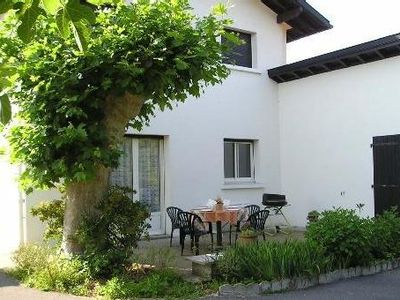 Photo for BASSUSSARRY5 kms from Biarritz HOUSE 4 80m2sur 500m2 garden rooms overlooking Mountain and Country