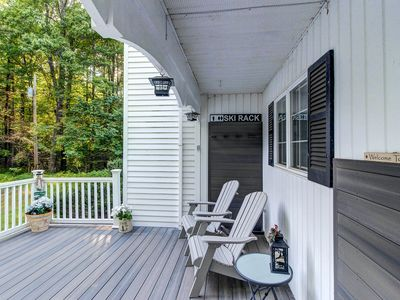 Photo for Colonial home with a yard & deck, close to golf & skiing!