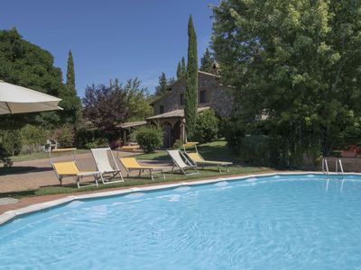 Photo for Stunning private villa for 6 people with private pool, A/C, TV, pets allowed and parking