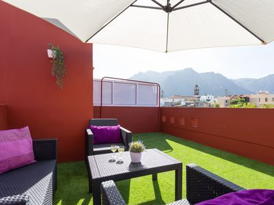 Photo for Cozy apartment with private roof terrace and Internet, in the heart of Buenavista