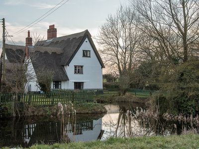 Photo for Suffolk Cottage - in a prime location to explore