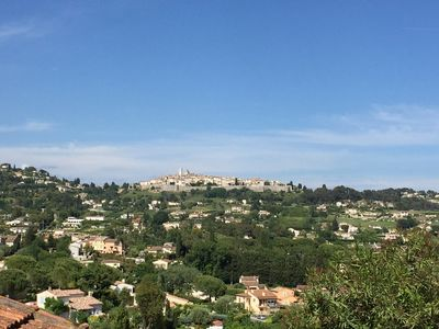 Photo for Beautiful 2 p quiet - Ground Chaus. with garden - 2 mins of St Paul de Vence