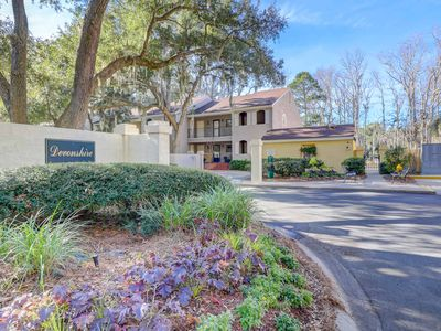 Photo for Gorgeous, updated first floor villa close to pool, beach, golf, and tennis!