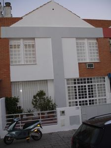 Photo for Sunny house in quiet street 800 € weekly