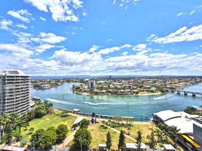Photo for Circle on Cavil -Holidays Gold Coast 2 Bedrooms 2 Bathrooms