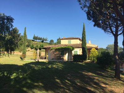 Photo for Villa in the countryside near Aix-en-Provence in a very quiet place