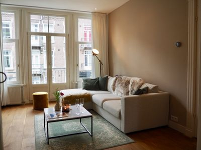 Photo for Lovely apartment with balcony next to Vondelpark