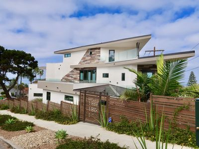 Blocks from Beautiful Sunset Cliffs! - Suite 3