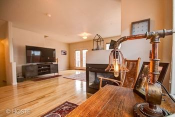 Photo for 3BR Downtown Townhome /w Stunning Balcony Views!