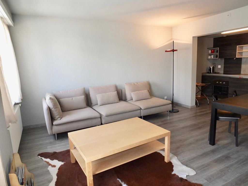 Amenities Da Bagno 3-room apartment on the 1st floor, entrance with hall stand, living room  with op - saint moritz