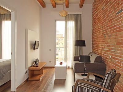 Photo for Apartment 145 m from the center of Barcelona with Internet, Air conditioning, Lift, Balcony (711974)