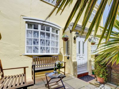 Photo for Vacation home Quay Cottage in Barnstaple and Braunton - 4 persons, 2 bedrooms
