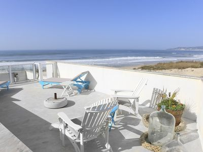Photo for House situated on the seafront, on a long white sand beach.