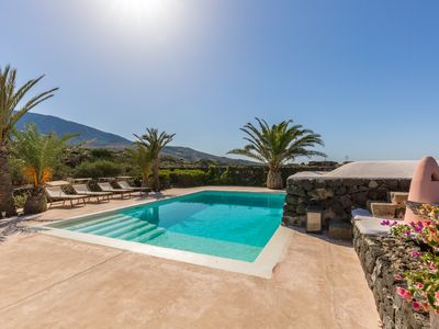 Photo for 3BR Villa Vacation Rental in Pantelleria, TP