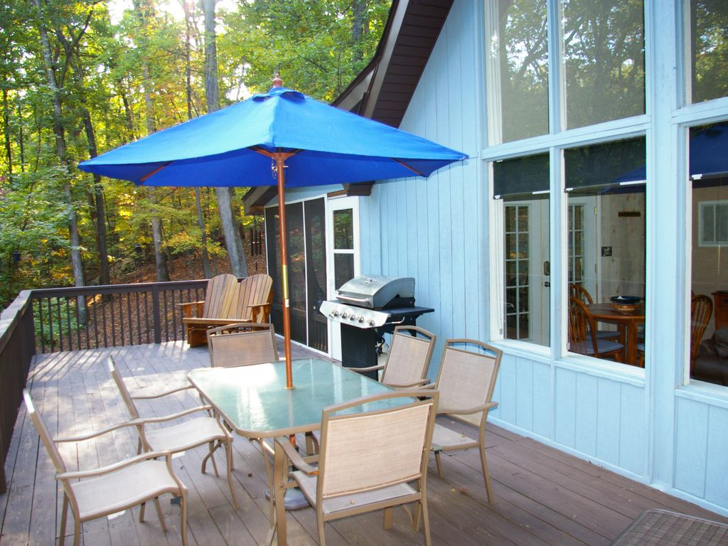 Adorable cabin in the woods resort perfect for couple or for Perfect weekend getaways for couples