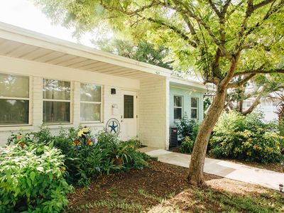 Photo for Walk to the Beach from this Comfy Vacation Cottage